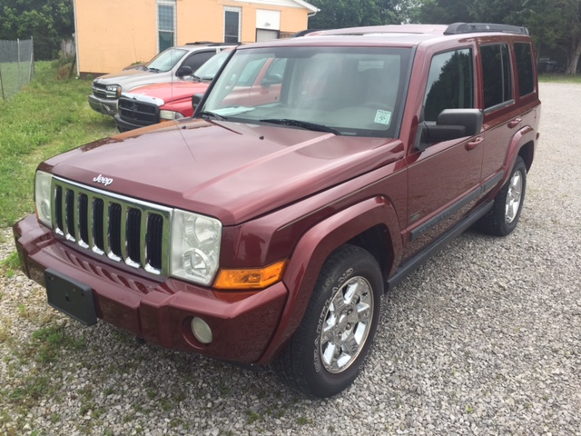 front 2007 Jeep Commander 4x4